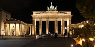 Sylwester w Berlinie, impreza sylwestrowa pod Bramą Brandenburską