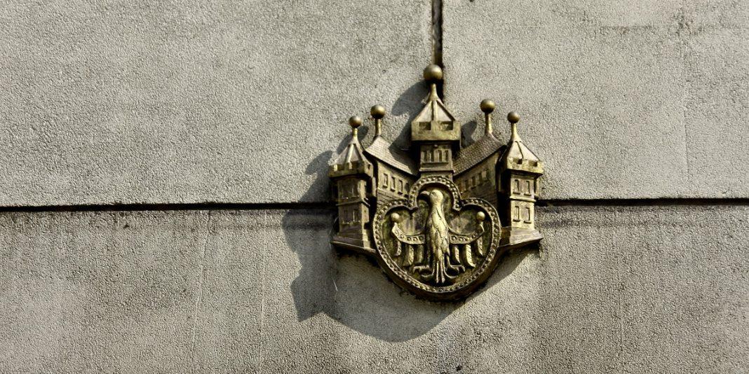 Pierwsza wzmianka o Berlinie, motyw z pierwszego herbu miasta.