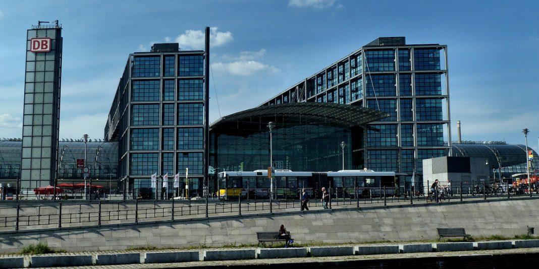 Dworzec Główny w Berlinie, architekt Meinhard von Gerkan