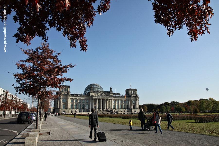 punkt-widokowy gmach-reichstag-bundestag berlin joanna-maria-czupryna przewodnik-po-berlinie