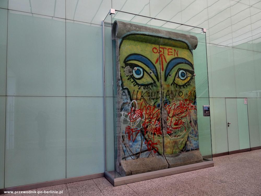 mur berliński Europa Center