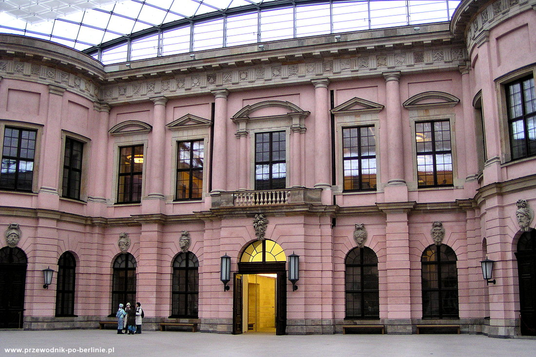 Niemieckie Muzeum Historyczne Berlin Przewodnik po Berlinie
